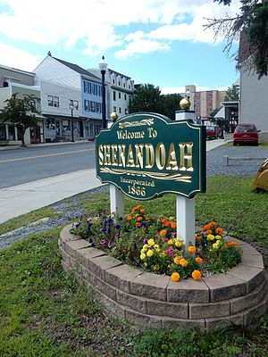 Shenandoah, Pennsylvania - Image: Main St Welcome Sign, Shenandoah PA 01