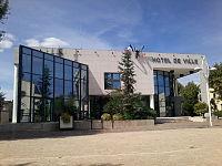 Mairie de Pont-Évêque.jpg