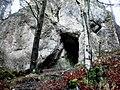 Malá jaskyňa nad vodopádom - panoramio.jpg