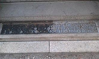 Civico Mausoleo Palanti - Image: Mausoleo Civico Palanti Soglia particolare