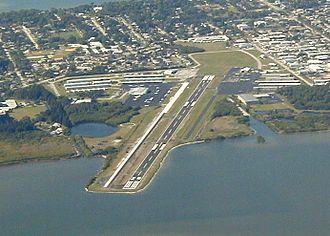 Merritt Island Airport - Image: Merritt Island Airport 091