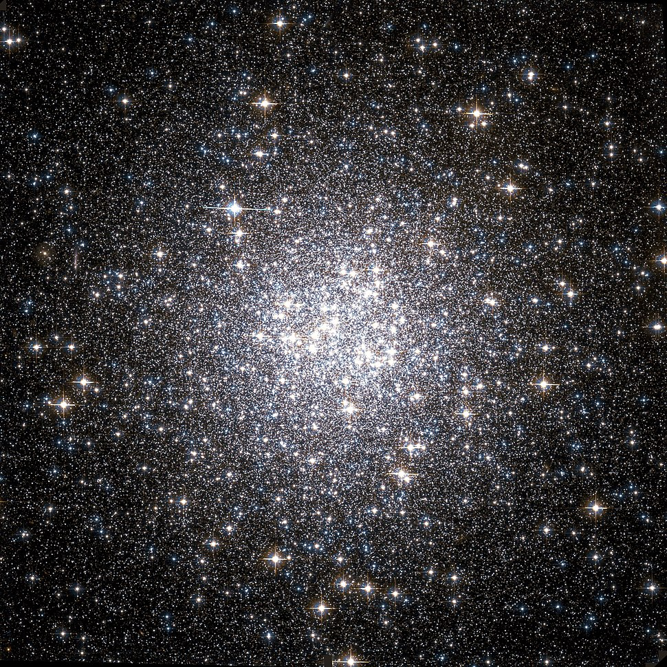 Messier 53 Hubble WikiSky