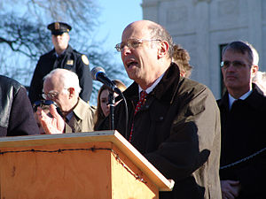 Michael Ratner - Press conference with Amnesty International and CCR in front of the US Supreme Court, 2006