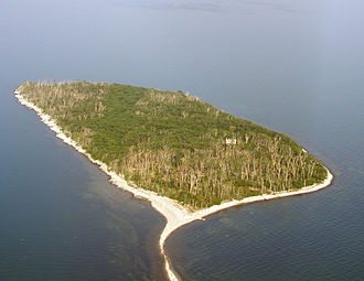 Middle Island (Lake Erie) - Oblique view of Middle Island