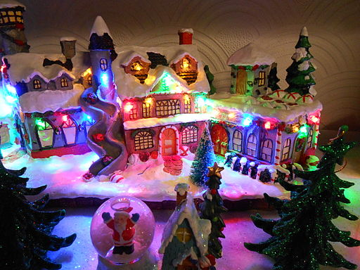 Miniature Christmas Village, Birkenhead (1)