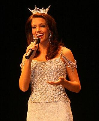 Miss Arkansas - Image: Miss Arkansas 2009 Singing