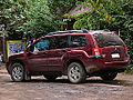 Mitsubishi Endeavor V6 2004 (15567421470) (2).jpg