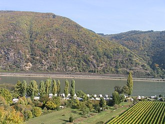Aresaces - A view of the Middle Rhine in the Mainz-Bingen area.