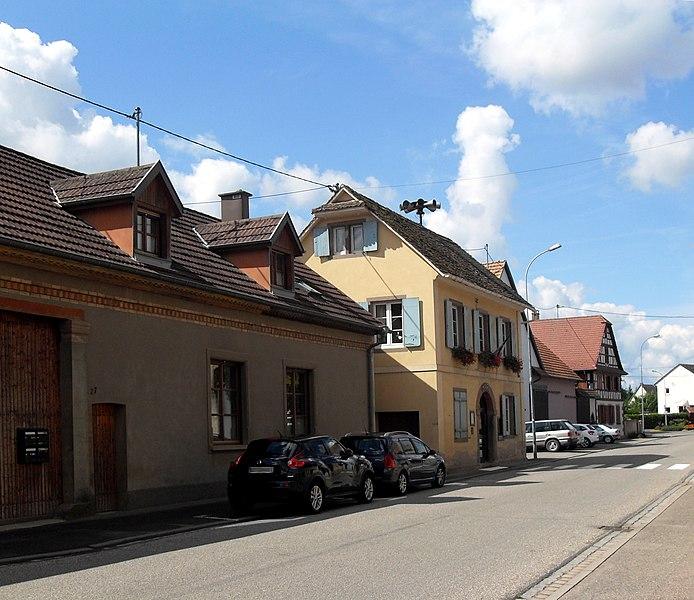 File:Mittelschaeffolsheim, Mairie.jpg