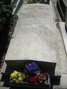 220px-Modigliani_gravestone