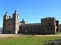 Monasterio de San Andrés de Vega de Espinareda (422509303).jpg