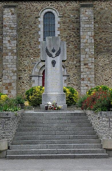 Monument aux morts de Montjean (53).