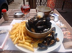 Moules frites wth rose and pastis.JPG
