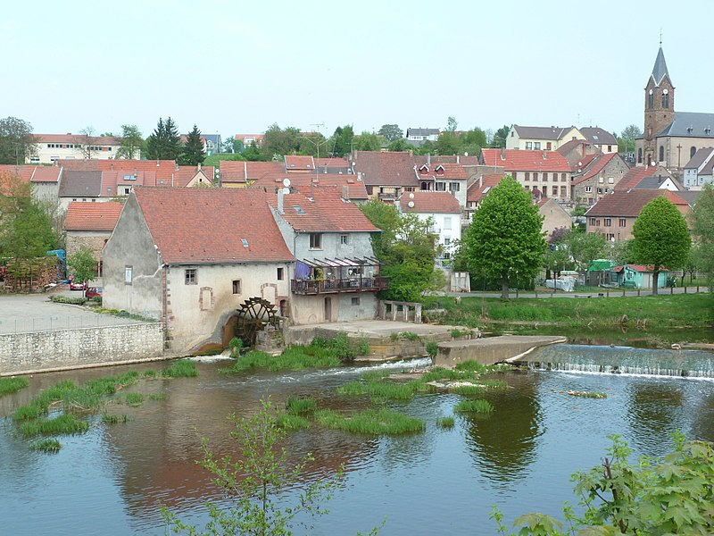 Watermill on the river Sarre in Sarreinsming