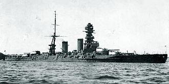 Japanese battleship Mutsu - Mutsu at anchor, shortly after completion