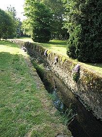 Mutton Brook - geograph.org.uk - 187630.jpg
