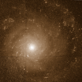 NGC 3913 -hst 09042 RasinhBlog 606nm.png