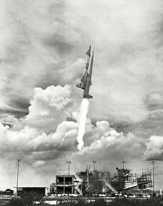 PGM-19 Jupiter - Navaho's booster engines proved to be the only lasting success of the project.