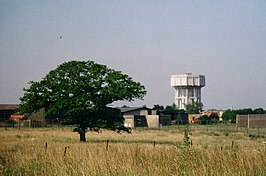 Nedging Tye water tower and part of RAF Wattisham south HAS - geograph.org.uk - 95586.jpg