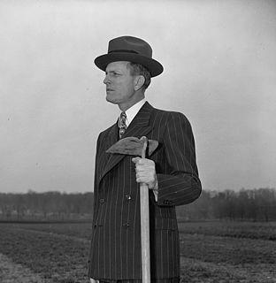 Newt V. Mills American politician