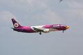 Nok Air B737-400 HS-TDB (4447736543).jpg