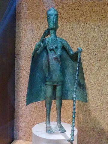 bronze statuette Nuragic aristocrat
