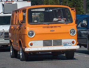 Compact van - Image: Old Chevy Van