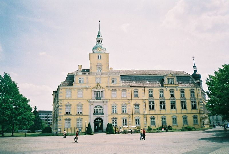 File:Oldenburg Museum.JPG