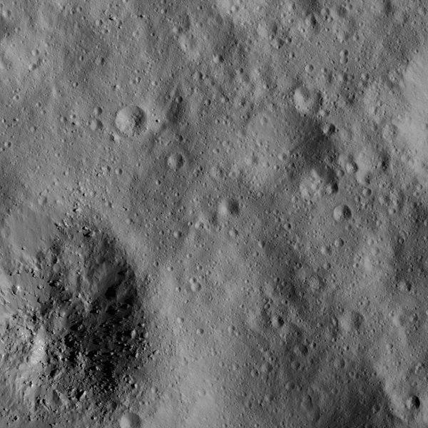 File:PIA22530-DwarfPlanetCeres-Dawn-20180610.jpg