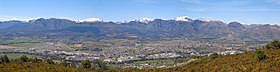 Paarl from the summit of Paarl Mountain, looking across to the Klein-Drakenstein and Du Toitskloof Mountains