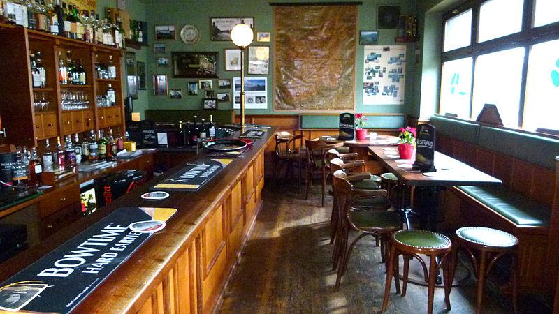 File:Paddy Foley's Irish Pub Dresden 2.JPG