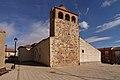 Pajares de la Lampreana, Iglesia de San Pedro, fachada oeste y norte.jpg