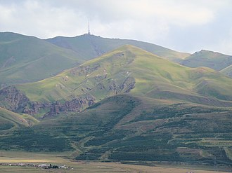 Palandöken Mountain - Palandöken in August 2009, as seen from downtown Erzurum