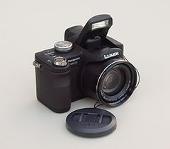 Panasonic Lumix DMC-FZ8 (flash opened with lens cap).jpg