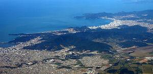 Balneário Camboriú - Image: Panorama aereo Itajai Balnerio Cambriu 2006 06