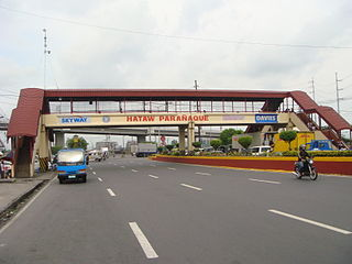 Dr. Santos Avenue road in the Philippines