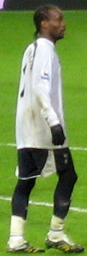 Pascal Chimbonda - Chimbonda playing for Tottenham Hotspur in 2007