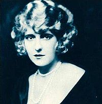 Pearl White-Stars of the Photoplay 2.jpg