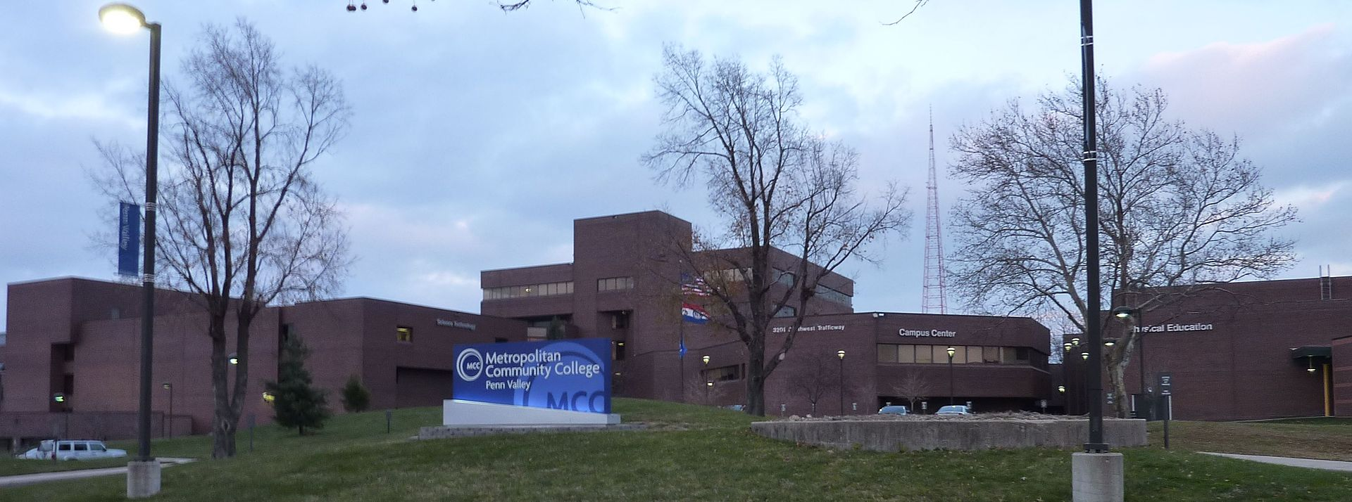 penn valley men Metropolitan community college (mcc) penn valley is one of five members of  the  the campus is home to men's and women's basketball teams, which have.