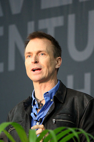 New Zealand Americans - Image: Phil Keoghan SDCC2Feb 2015