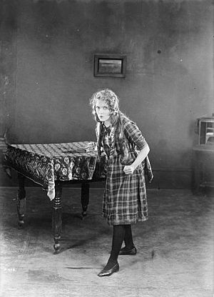 Little Annie Rooney - Mary Pickford in the 1925 film Little Annie Rooney