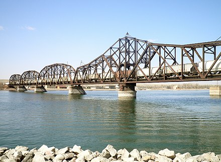 Looking west at railroad bridge over the Missouri River, from Pierre, South Dakota