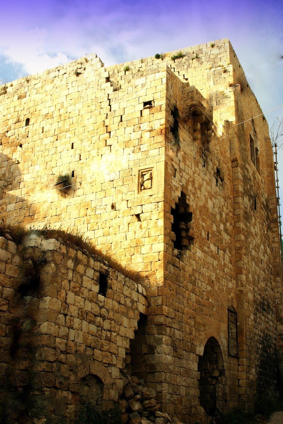 PikiWiki Israel 16060 Castle (alElea altaweela)
