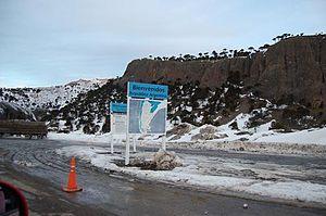 Pino Hachado Pass - Image of Argentine customs at Pino Hachado Pass