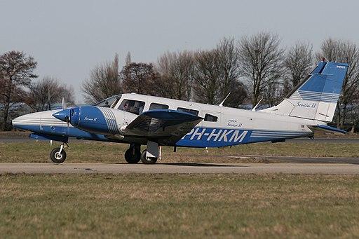 Piper PA-34-200T Seneca II AN1669018