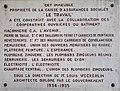 Plaque de la construction de l'immeuble de la caisse d'assurances sociales LE TRAVAIL (rue de la Part-Dieu) à Lyon.jpg