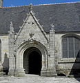 Plozévet (29) Église Saint-Démet 02.jpg