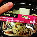 Plus cher qu'un Happy Meal mais j'avais trop faim pour attendre l'habituel McDo post-billard... (7068502929).jpg