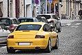 Porsche 996 Carrera (23903384726).jpg