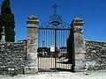 Porte du cimetiere de Taillecavat datant de 1860.JPG